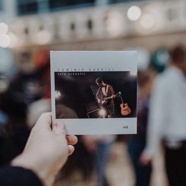 DOMINIK GABRIEL – Solo acoustic